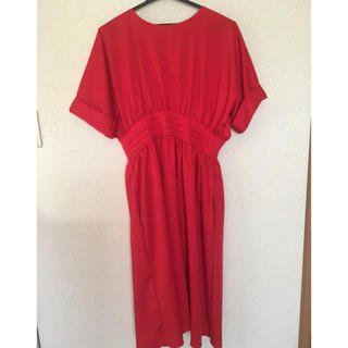 赤 タック 半袖 ワンピース ドレス(ロングワンピース/マキシワンピース)