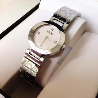 コーチ(COACH)のコーチ ☆ シグネチャー バングル 4P ダイヤ ピンクシェル 文字盤 腕時計(腕時計(アナログ))