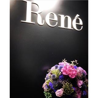 ルネ(René)の* ご専用 *Rene 新品同様 ルネ リボン ブローチ 箱付き(ブローチ/コサージュ)