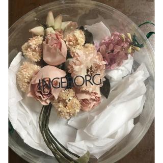 インゲボルグ(INGEBORG)のインゲボルグ INGEBORG コサージュ 薔薇 カネコイサオ ビロード(ブローチ/コサージュ)