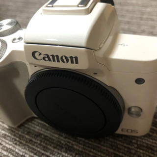 Canon - EOS Kiss M ダブルズームレンズセット