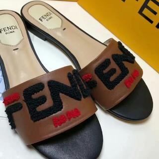 FENDI - FENDI サンダル(22cm-25cm)