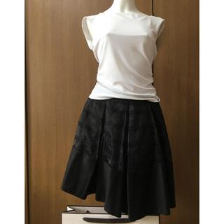 フォクシー(FOXEY)のFOXEY NY オーガンジー刺繍高級スカート38(ひざ丈スカート)