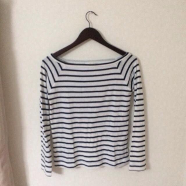 GU(ジーユー)のオフショルトップス レディースのトップス(Tシャツ(長袖/七分))の商品写真