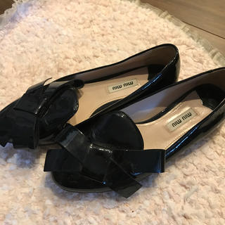 ミュウミュウ(miumiu)のミュウミュウ靴(ローファー/革靴)