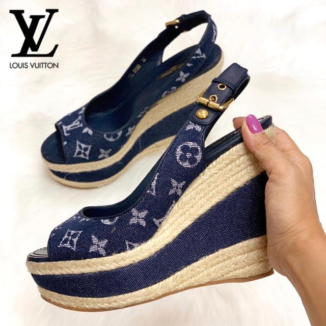 LOUIS VUITTON(ルイヴィトン)の1016 ルイヴィトン モノグラム サンダル レディースの靴/シューズ(サンダル)の商品写真
