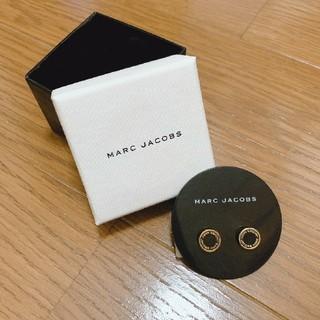 マークジェイコブス(MARC JACOBS)のマークジェイコブス ピアス 箱付き 黒×ゴールド(ピアス)