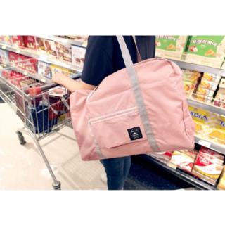 大人気エコバッグ折りたたみ旅行バッグ収納ポーチ付機内持込可 スーツケース固定可(旅行用品)