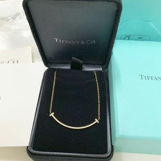 Tiffany & Co. - 新品 ティファニー Tスマイルネックレス ゴールド