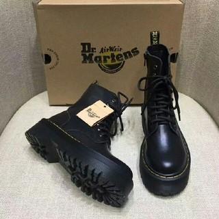 Dr.Martens - Dr. Martens  ドクターマーチン 厚底ブーツ 8ホール 黒 UK5