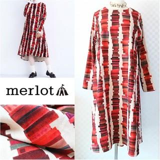 merlot - merlot*メルロー【美品】ジテンタワー柄サイドタックワンピース