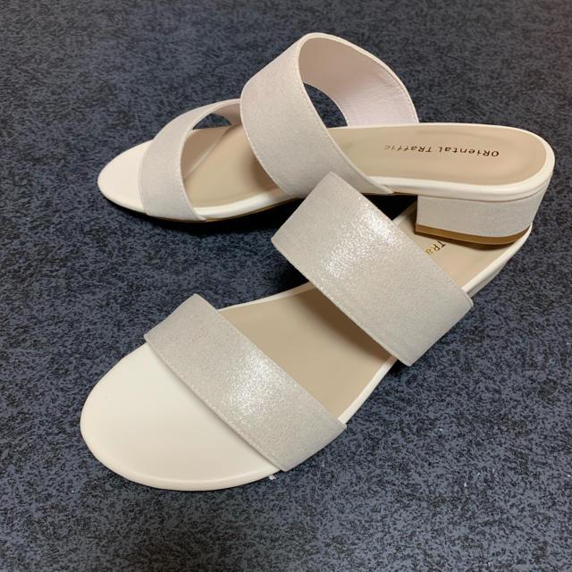 ペタンコ  サンダル シルバー レディースの靴/シューズ(サンダル)の商品写真