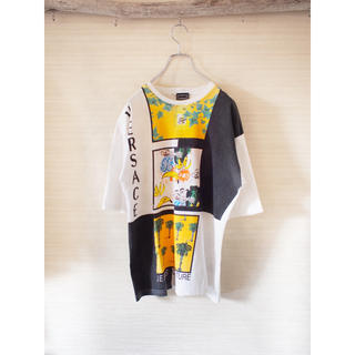 ヴェルサーチ(VERSACE)の【VERSACE】Art print-logo design TEE(Tシャツ/カットソー(半袖/袖なし))