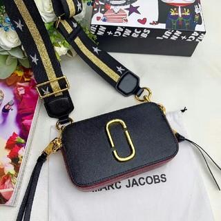 マークジェイコブス(MARC JACOBS)の新品MARC JACOBSスナップショットバッグカメラバッグショルダーバッグ(ショルダーバッグ)