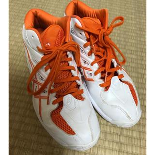 アシックス(asics)のゲルフープV6/白×オレンジ/スリム/26.5㎝(バスケットボール)