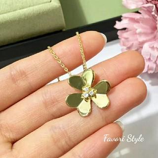 フォクシー(FOXEY)のAAAジルコニア Flower ネックレス  ゴールド(ネックレス)