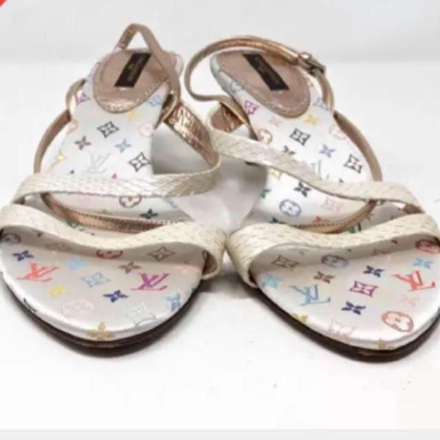 LOUIS VUITTON(ルイヴィトン)のルイ ヴィトン のマルチカラーサンダル ホワイト レディースの靴/シューズ(サンダル)の商品写真