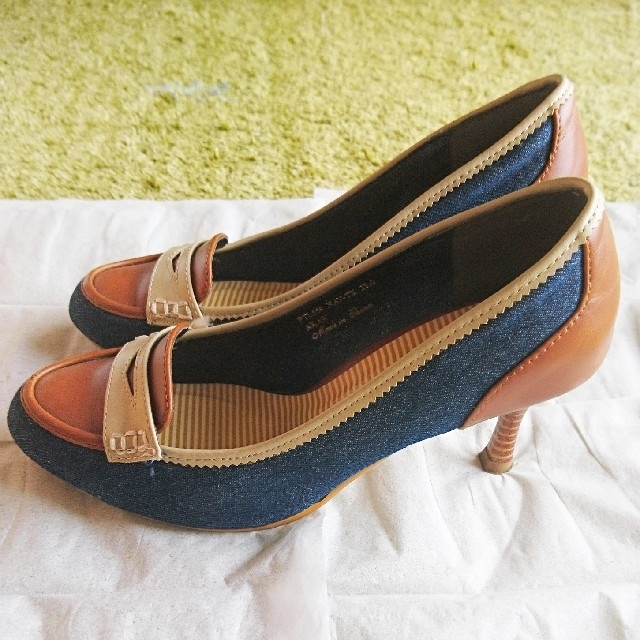 ELLE PLANETE(エルプラネット)の値下げ中!ELLE PLANETE デニムMIXパンプス レディースの靴/シューズ(ハイヒール/パンプス)の商品写真