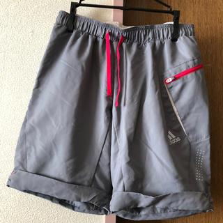 アディダス(adidas)のショートパンツ(ウェア)