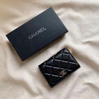 CHANEL - シャネル 財布 二つ折り財布