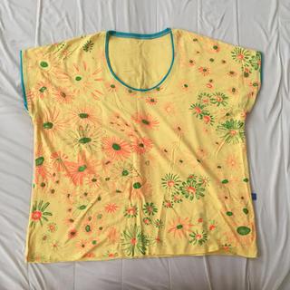 アッシュペーフランス(H.P.FRANCE)の【Juana de Arco 】Tシャツ カモミール柄(Tシャツ(半袖/袖なし))