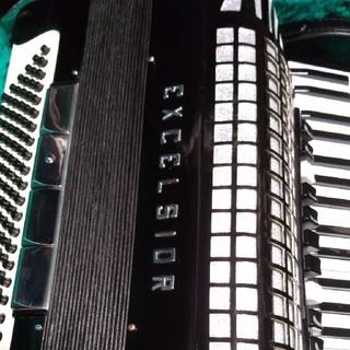 アコーディオン excelsior 911 ハードケース付き 教本 楽譜 付き(アコーディオン)