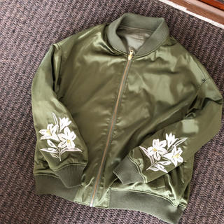 PAGEBOY - リバーシブル カーキ MA-1 ブルゾン スカジャン 花柄 ページボーイ
