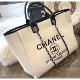 CHANEL - CHANELシャネル トート ノベルティ b28