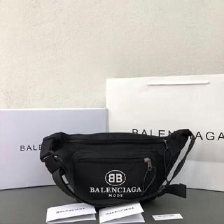バレンシアガ(Balenciaga)のバレンシアガ ボディバッグ ブラックロゴ ナイロン ベルトバッグ ウエストポーチ(ボディーバッグ)