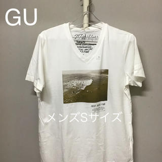 GU - 新品未使用GUTシャツ