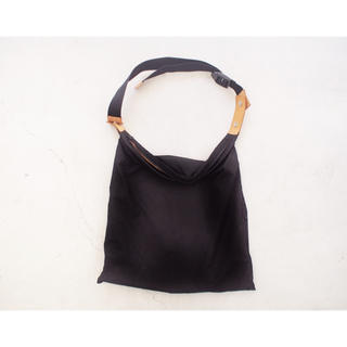 """サンシー(SUNSEA)の【whowhat】""""wrap bag"""" Black(ショルダーバッグ)"""
