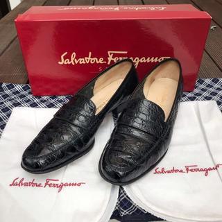 サルヴァトーレフェラガモ(Salvatore Ferragamo)のサルヴァトーレ フェラガモ コインローファー ローファー 革靴 ビジネスシューズ(ローファー/革靴)