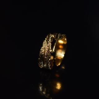 残り1点 セール フェザー リング 指輪 羽 ゴールド K24 コーティング(リング(指輪))