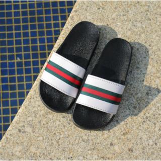 Gucci - □シンプル×ライン入りサンダル / 25.5cm□