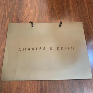 チャールズアンドキース(Charles and Keith)のCHARLES & KEITH 紙袋 ショップ袋(ショップ袋)