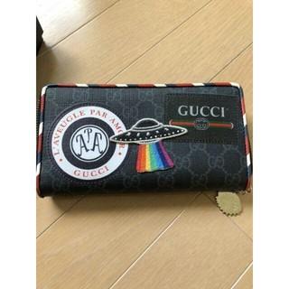 Gucci - 美品 GUCCI 長財布