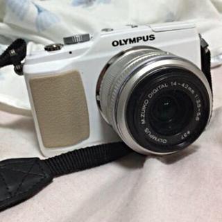 OLYMPUS オリンパス E-PL2(ミラーレス一眼)