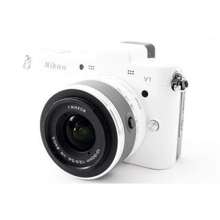 Nikon - Nikon V1 レンズセット ホワイト お手軽ミラーレス 1010万画素