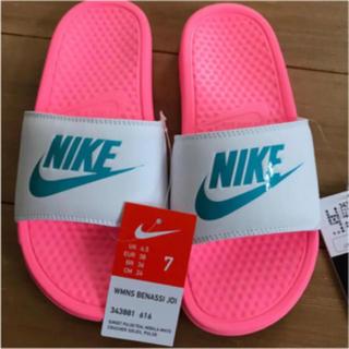 NIKE - 新品 NIKE ナイキ ベナッシ ピンク ホワイト 24.0cm