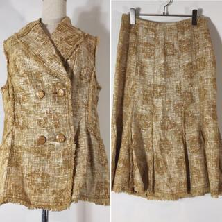 イタリヤ(伊太利屋)の伊太利屋 スカートスーツ シャンパンゴールド ベスト フレア サイズ11 リネン(スーツ)