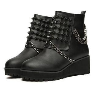 新品トゲリベットスタッズチェーンブーツ黒23~23.5cm (ブーツ)