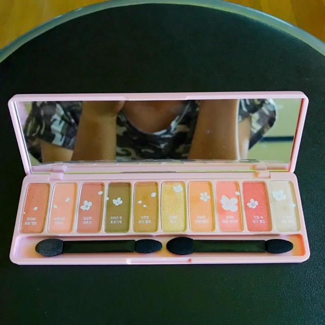 ETUDE HOUSE(エチュードハウス)のエチュードハウス プレイ カラー アイズ #Cherry Blossom コスメ/美容のベースメイク/化粧品(アイシャドウ)の商品写真