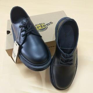 ドクターマーチン(Dr.Martens)のDr.Martensドクターマーチン 超美品 靴 高級感 3ホール 男女兼用(ブーツ)