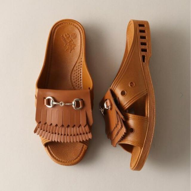 Bench(ベンチ)の最終売切 J.S別注 BENSAN-D QUILT GOLD BIT LLL メンズの靴/シューズ(サンダル)の商品写真