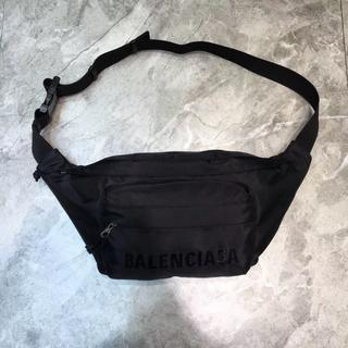 バレンシアガ(Balenciaga)のBALENCIAGA ボデイーバッグ ウエストバッグ メンズ 黒(ボディーバッグ)