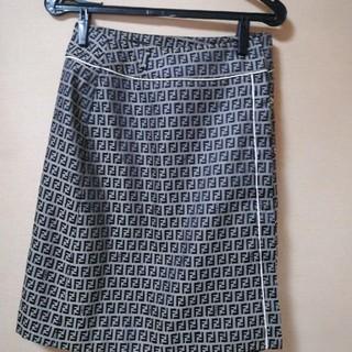 フェンディ(FENDI)のFendiスカート(ひざ丈スカート)