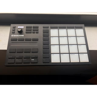 Roland - maschine mikro mk3 Native Instruments