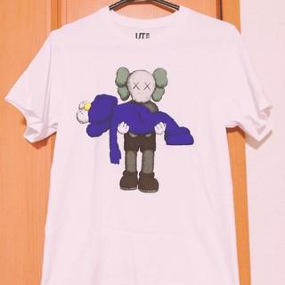 ユニクロ(UNIQLO)のKAWS ユニクロ Tシャツ(Tシャツ/カットソー(半袖/袖なし))