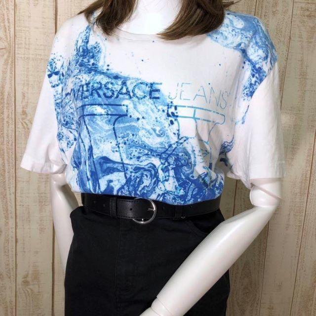 VERSACE(ヴェルサーチ)の【01-565】★レアデザイン ヴェルサーチ 半袖Tシャツ ビッグプリント メンズのトップス(Tシャツ/カットソー(半袖/袖なし))の商品写真