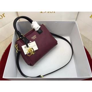 Dior - 大人気 DIOR ショルダーバッグ